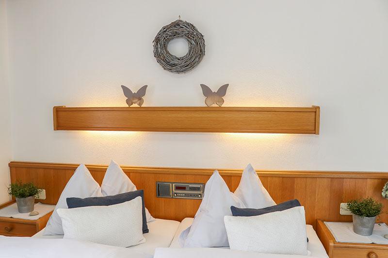 ferienwohnung 1 in saalbach hinterglemm. Black Bedroom Furniture Sets. Home Design Ideas